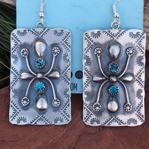 Jewelry - Sterling Silver Turquoise Dangle Earrings